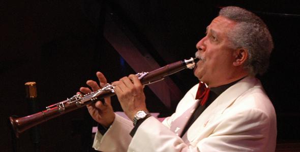 la-orquesta-sinfonica-de-chile-y-el-solista-en-flauta-hernan-jara-estrenaran-para-el-publico-nacional-una-de-sus-exitosas-piezas-gran-danzon-de-paquito-drivera1